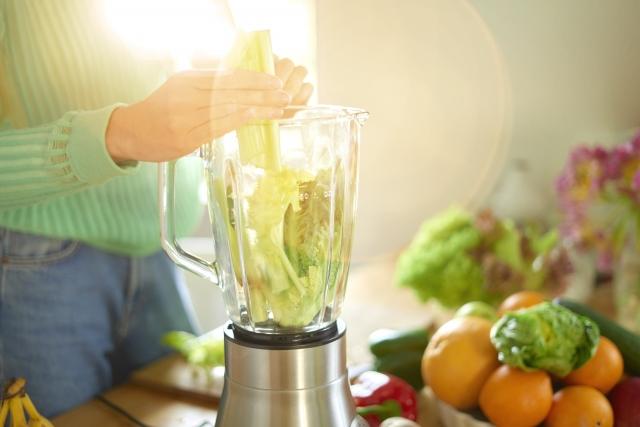 野菜ジュースで健康維持する。